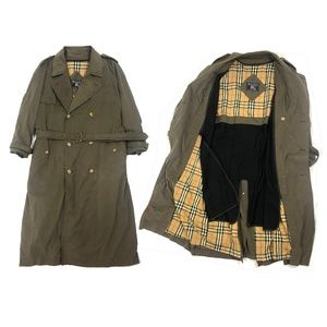Burberry Double Breasted Trench Coat w/ Wool  44 R